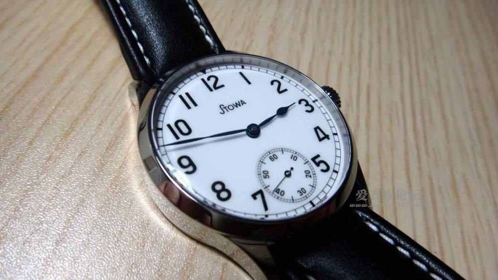 西装手表大图头像