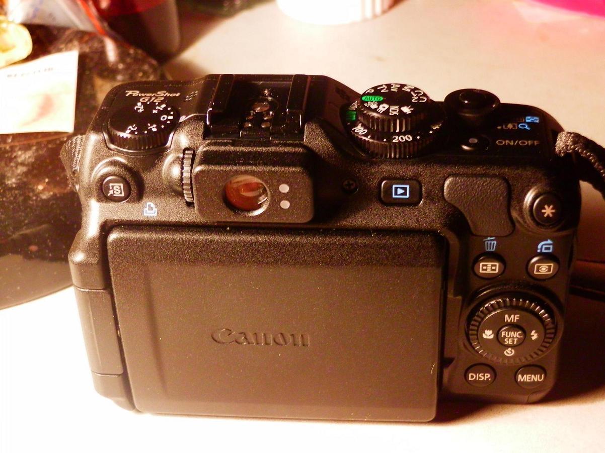 先看相机照片   然后是拍摄的样片  [  本帖最后由 abner1058 于