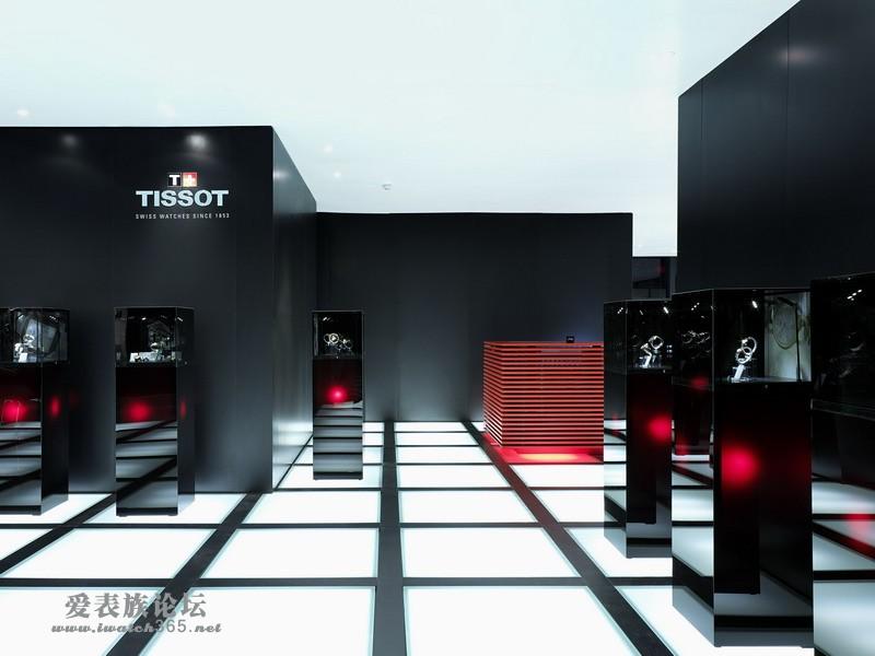 科幻设计展现高科技的世界 巨石造型的展厅体现出完整统一的独特风格